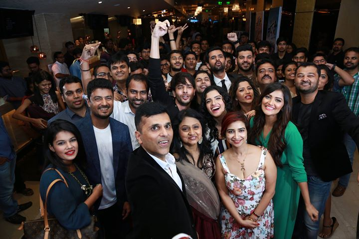 @DaysOfTafree Premiere made a lasting impact on the audience and that could be seen on the smiling, nostalgic and mischievous faces coming out of the theaters. Their smiles and delight made the premier an immense success.