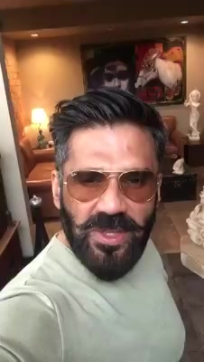 Actor Suniel Shetty strongly recommends #DaysOfTafree to all in his own style. Do watch!