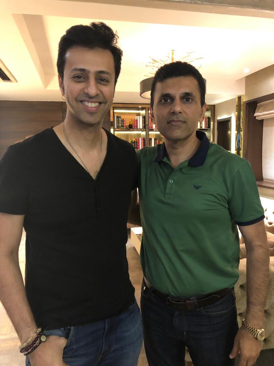 A talented musician, a good friend and an even better human being! Here's wishing you a very very Happy Birthday Salim Merchant! @salim_merchant https://t.co/iaH4wES2w1