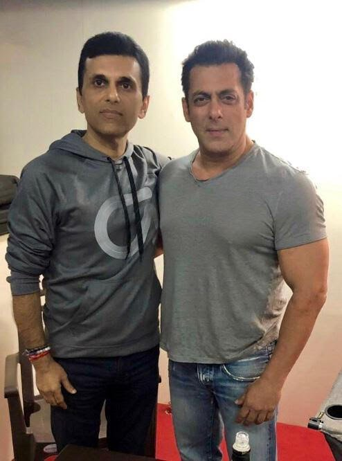 All luck and love to my friend @BeingSalmanKhan for his latest release #BHARAT https://t.co/YLSq3Ux202