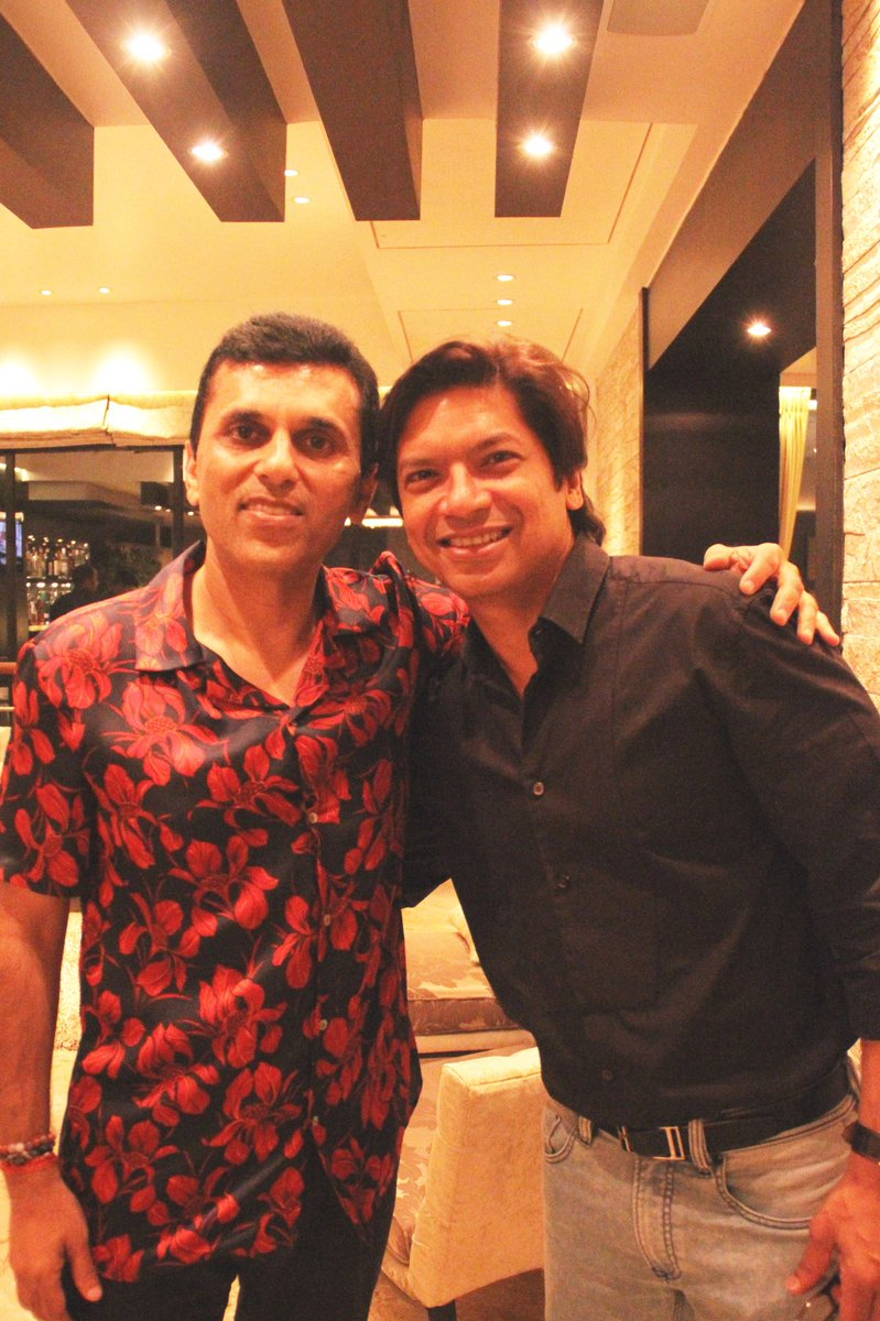 To not only a phenomenal and extraordinary singer but an exceptional human being @singer_shaan,  wishing you a very Happy Birthday! All the luck, happiness and success to you! Cheers! #HappyBirthday #Shaan https://t.co/oBZaCudE5G