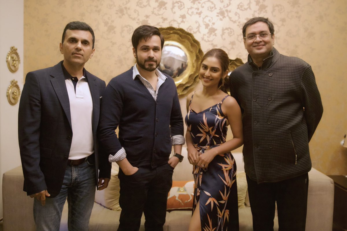 RT @social_ketchup: .@krystledsouza joins the cast of @SrBachchan and @emraanhashmi starrer, #Chehre! https://t.co/F3gtjflwT4
