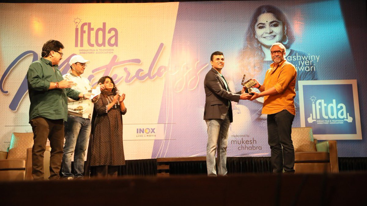 It was an absolute delight to meet and felicitate some of the most hard - working people of our industry. @anubhavsinha @Ashwinyiyer @CastingChhabra @ashokepandit @manojmuntashir your work has inspired millions. Much appreciation.! @DirectorsIFTDA  #iftda #iftdamasterclass https://t.co/pxgP1WyK2J