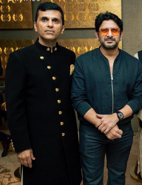 The man who has won millions of hearts with his remarkable talent,performance, & comedy, also the man I have the privilege to call 'my friend', @ArshadWarsi a very Happy Birthday to you. Hope you have a great year ahead. And may you keep inspiring, smiling and shining as always. https://t.co/H37jApgIHi