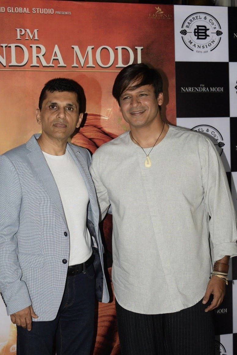 Wishing my friend and the very versatile @vivekoberoi a very very Happy Birthday!  #HappyBirthdayVivekOberoi #VivekOberoi https://t.co/wP0U2yBVFr
