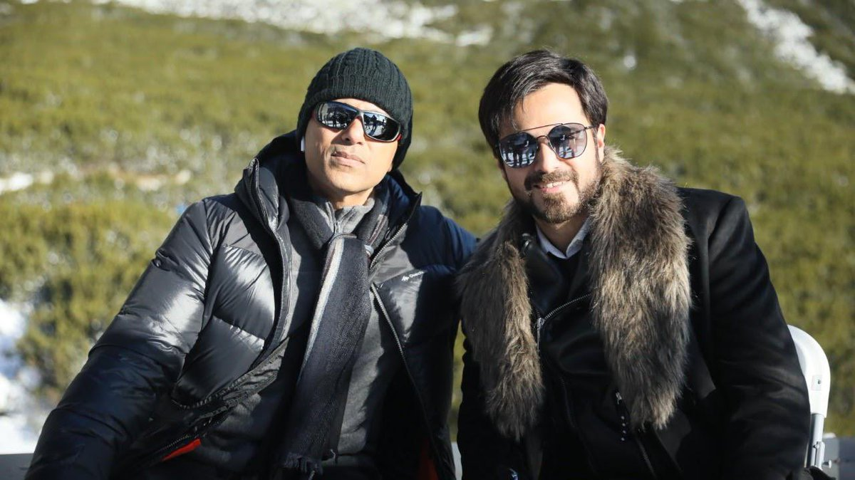 The world has known you as a fabulous actor but I  have seen you as a brilliant father as well as a great human being.  #Chehre has been exciting and here's to many more journeys ahead! Wish you a very very Happy Birthday @emraanhashmi . #HappyBirthdayEmraanHashmi https://t.co/YY7pHSuuok