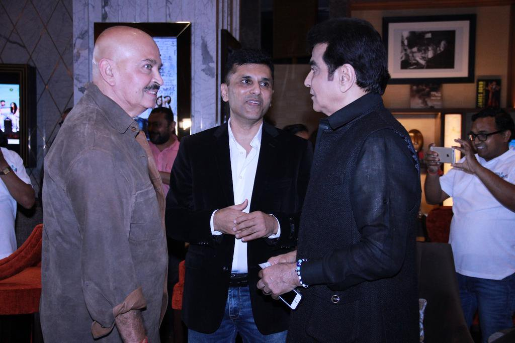 . @DaysOfTafree is a film to be watched with best pals. Was awesome to have Mr. Rakesh Roshan & Mr. Jeetendra at Premiere. Thanks, both!⁠⁠⁠⁠ https://t.co/2eL8mJ9F7B