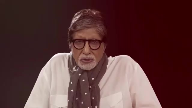 #Chehre ke pass jawab nahi chehre ka, sawaal voh ab uthaye nahi jaate!  Hear this poem in the voice of@SrBachchan!👏 #ChehrePoem -https://t.co/TDhDaUQSAq  Watch #Chehre in theatres now! Book your tickets now: @BookMyShow -https://t.co/cyp9njxzZa https://t.co/DkbsgcJ7Kw
